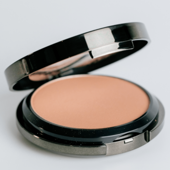 Silk Compact Foundation